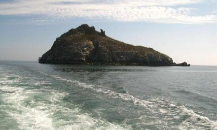 Thatcher Rock – The Bay's Mysterious Island